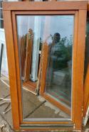 Dubové okno- Euro profil 85x150 1xP,1xL